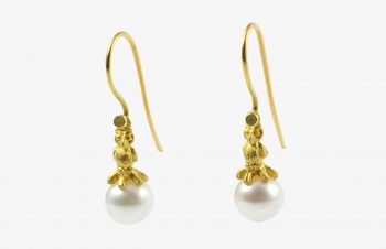 Tier-Ohrringe: Eule, Perle, 750er Gold