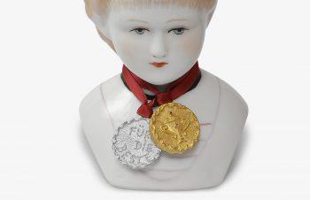 Klassische Anhänger: Medaillen, 750er Gold, Silber, Diamant