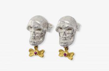 Tier-Ohrringe: Totenkopf, vielleicht vom Affen, Silber, 750er Gold