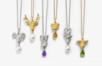 Tier-Anhänger: Tierköpfe, 750er Gold, Silber, Perle, Edelstein